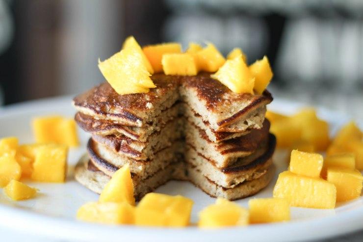 healthy-Oat-Pancakes-4