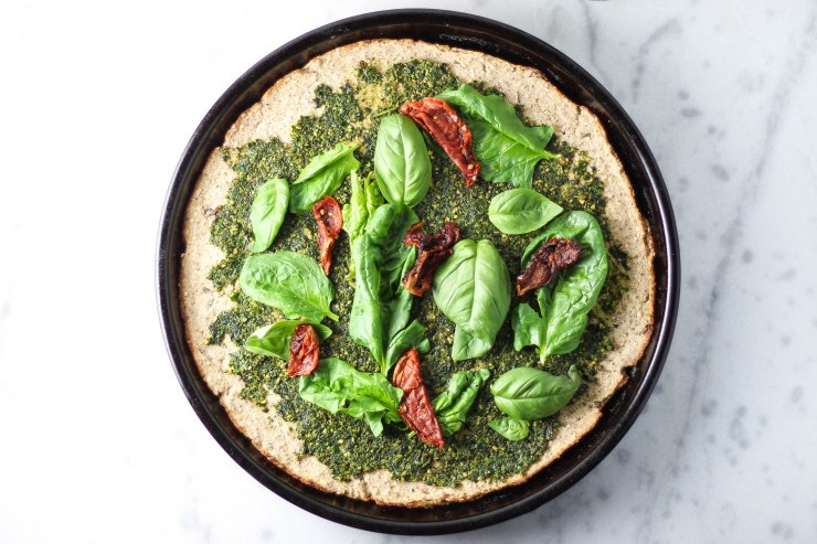 cauliflower-vegan-pizza